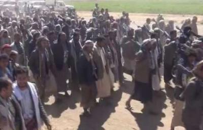 اليمن : اشتباكات عنيفة بين قبائل عنس ذمار مع الحوثيين على خلفية محاولة اعتقال احد المشائخ