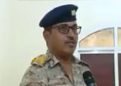 شاهد بالفيديو العميد المعمري ناطق القوات الجوية الذي انشق عن جماعة الحوثي بصنعاء وغادر الى عدن
