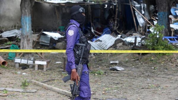عبوة ناسفة في العاصمة الصومالية مقديشو استهدفت نائبين سابقين وقتلت 5 من حراسهما
