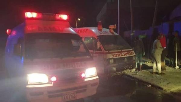 مقتل أكثر من 10 أشخاص إثر انفجار سيارة مفخخة قرب مطعم يمني في الصومال