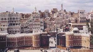 صنعاء:الحقد جعله يتربص  به ست سنوات حتى عاد من غربته فقتله أمام زوجيته وابنه!