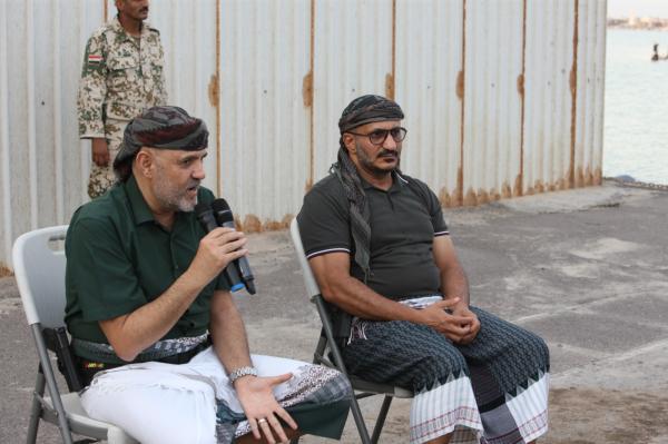 """طارق صالح يطالب الشرعية والتحالف بـ """"إعطائه الضوء الأخضر"""" لتحرير الحديدة ومأرب"""" والتحرر من اتفاق ستوكلهم"""